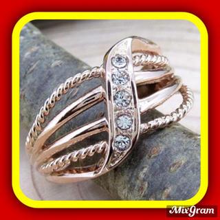 SWAROVSKI - ✨定価7800円✨★SWAROVSKI★ ラインストーン ピンキーリング 指輪