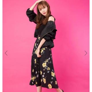 CECIL McBEE - CECILMcBEE花柄プリーツスカート
