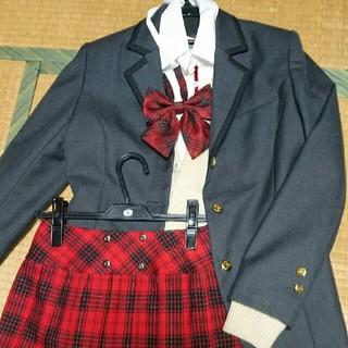 コスプレ制服、衣装