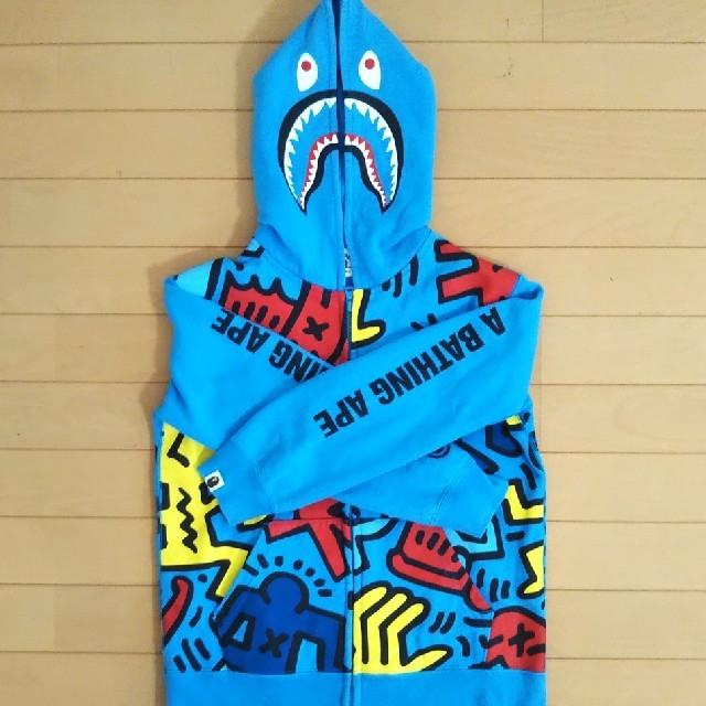 A BATHING APE(アベイシングエイプ)のA Bathing Ape&Keith Haring コラボ パーカー キッズ/ベビー/マタニティのキッズ服男の子用(90cm~)(ジャケット/上着)の商品写真