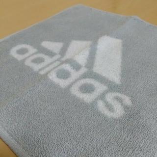 adidas - adidasハンドタオル