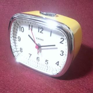 CASIO - クオーツ式置時計 黄◆CASIO◆レトロスタイル 未使用