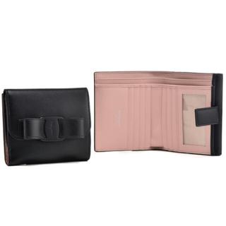 フェラガモ(Ferragamo)の【新品・未使用】フェラガモ 二つ折り財布 リボン ブラック (財布)