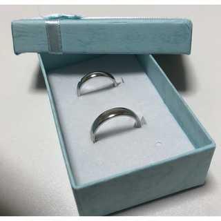 【新品】二個セット プレゼントにも! ペアルック リング 指輪 シルバー(リング(指輪))