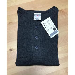 アヴィレックス(AVIREX)のAVIREX ヘンリーネックTシャツ 半袖 チャコール Mサイズ(Tシャツ/カットソー(半袖/袖なし))