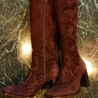シルエットが綺麗なダークブラウンのロングブーツ イタリア製/美脚(ブーツ)