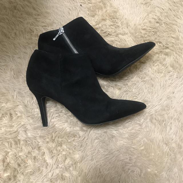 DIANA(ダイアナ)のBABY PURE ショートブーツ 24センチ ブラック レディースの靴/シューズ(ブーツ)の商品写真