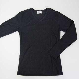 【新品】Vネック 長袖 ダークグレー 無地 XL (T34)(Tシャツ/カットソー(七分/長袖))