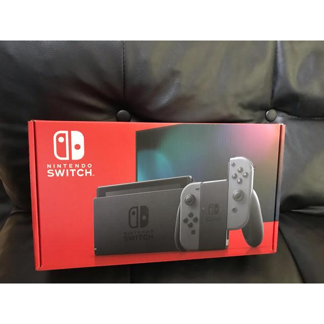 Nintendo Switch(ニンテンドースイッチ)の新品 ニンテンドー switch グレー セット エンタメ/ホビーのゲームソフト/ゲーム機本体(家庭用ゲーム機本体)の商品写真