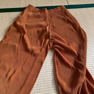 ユニクロ(UNIQLO)のズボン(カジュアルパンツ)
