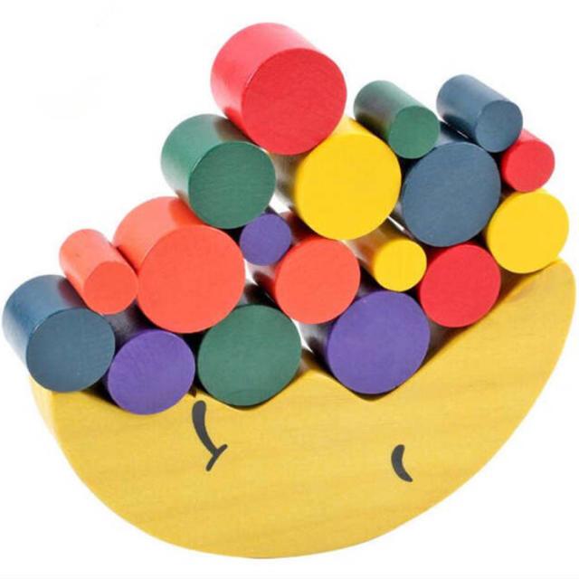 BorneLund(ボーネルンド)のお月様 木製 バランス 知育玩具 キッズ/ベビー/マタニティのおもちゃ(知育玩具)の商品写真