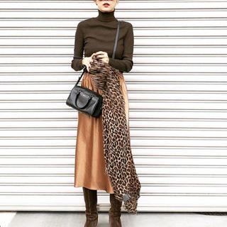 IENA SLOBE - サテンスカート