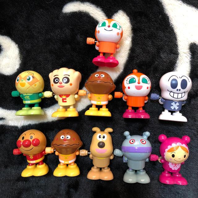 アンパンマン ガチャガチャ11個セット エンタメ/ホビーのおもちゃ/ぬいぐるみ(キャラクターグッズ)の商品写真