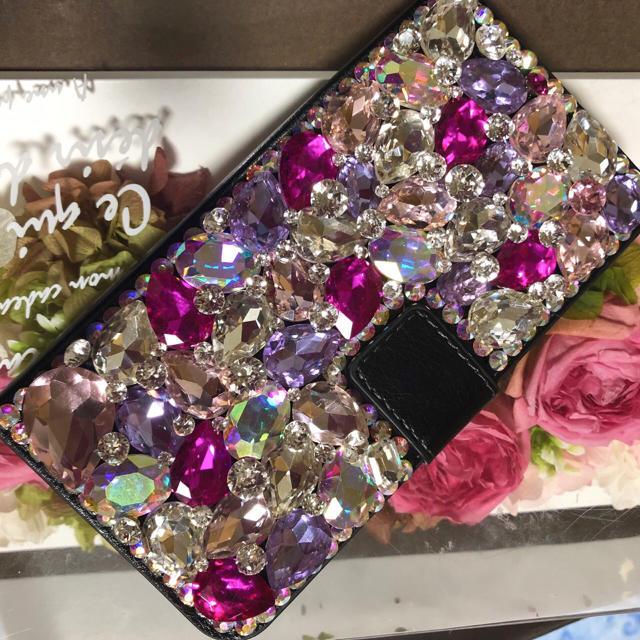 キラキラガラスビジュースワロフスキーアイフォン手帳型カバーの通販