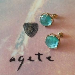 agete - agete K10 ピアス  マラカイト  白蝶貝 クォーツ アガット 現行品