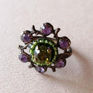 フランス製リング スワロフスキー パープル×オリーブ色 コスチュームジュエリー(リング(指輪))