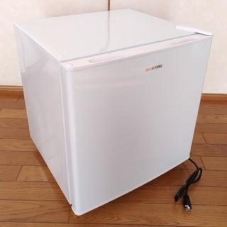 アイリスオーヤマ(アイリスオーヤマ)のゆめちゃんまん様専用小型冷蔵庫  2019年製 新品同様(冷蔵庫)