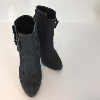 ジュゼッペザノッティ(GIUZEPPE ZANOTTI)のジュゼッペザノッティ ショートブーツ ブラック サイズ35 ベルト ハイヒール(ブーティ)