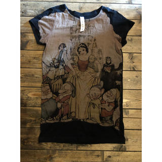 アチャチュムムチャチャ(AHCAHCUM.muchacha)のあちゃちゅむムチャチャ白雪姫ディズニーTシャツ36コラボkeikiiアッシュペー(Tシャツ(半袖/袖なし))