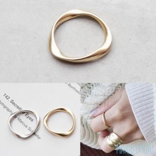 ねじれリング ヴィンテージ マット メタル かわいい 上品 カジュアル ゴールド(リング(指輪))