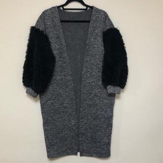 ラミア(LAMIA)の袖ボア裏起毛異素材コート (ロングコート)