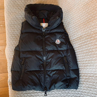 MONCLER - MONCLER ダウンベスト 黒