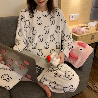 新品入荷  可愛 モコモコ うさぎ柄 パジャマ 上下セット