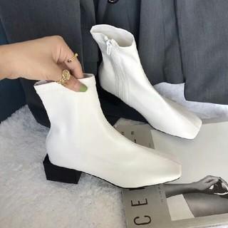 オルチャン 新品 スクエアアンクルブーツ 革靴シングルブーツ 白(ローファー/革靴)
