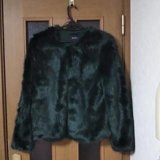 ベルシュカ(Bershka)のBershka ベルシュカ 未使用 ファージャケット(毛皮/ファーコート)