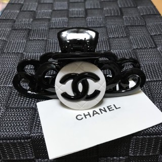 CHANEL - ヘアクリップ