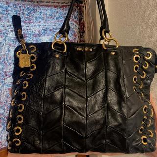 miumiu - 美品 約20万 miumiu 大型ビシューブラックレザーバッグ