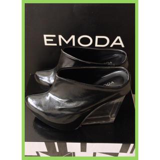 エモダ(EMODA)の【値下げ可・早い者勝ち】EMODA クリアヒールブーティ(BLK)(ブーティ)