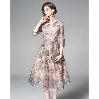 セルフポートレイト(SELF PORTRAIT)の新品即発 フラワー刺繍ドレス ワンピース ピンク 刺繍 anne(ひざ丈ワンピース)