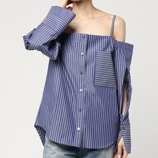 ルシェルブルー(LE CIEL BLEU)の新品 LE CIEL BULE ルシェルブルー オフショルダー ストライプシャツ(シャツ/ブラウス(半袖/袖なし))