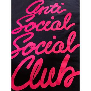 アンチ(ANTI)のantisocialsocialclub筆記体Tシャツ(Tシャツ/カットソー(半袖/袖なし))