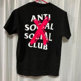 シュプリーム(Supreme)のAntiSocialSocialClub Tシャツ 黒 傾向ピンク 即完売 L(Tシャツ/カットソー(半袖/袖なし))