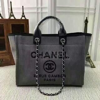 CHANEL - Chanel 2019ss ギリシャシリーズ最新のカラーハンドルの大きなキャンバ