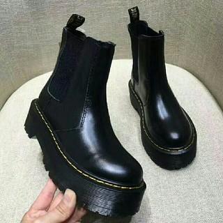ドクターマーチン(Dr.Martens)のUK3ドクターマーチン Dr.Martens 厚底 ブラック 新品 (ブーツ)