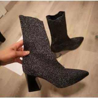 新品♪ソックスタイプフレアヒールショートブーツ≪ラメブラック≫(ブーツ)