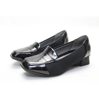 フィットフィット(fitfit)のfitfit エナメルストレッチローファー(23cm)超美品(ローファー/革靴)