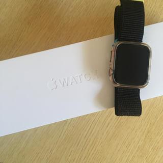 アップルウォッチ(Apple Watch)の美品Apple Watch Series 4(GPSモデル)44mm送料込(携帯電話本体)