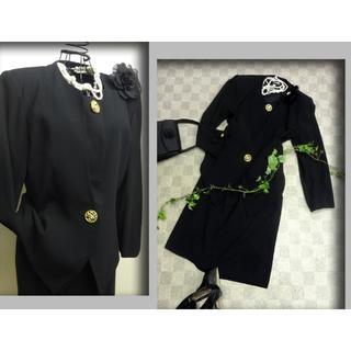 【新品】11号黒ノーカラー2P 結婚式・入卒等に! 2357(スーツ)