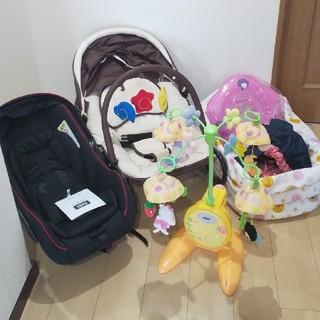 ニシマツヤ(西松屋)の出産準備品❀6点セット❀赤ちゃん ベビー 新生児(自動車用チャイルドシート本体)