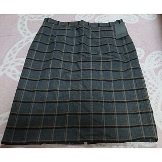 【新品】CP CUBE チェック柄 冬物スカート(ひざ丈スカート)
