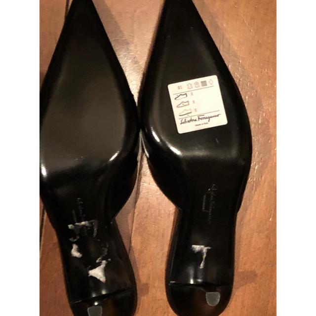 Salvatore Ferragamo(サルヴァトーレフェラガモ)のサルヴァトーレ フェラガモ ミュール 7  1/2C 大きいサイズ 値下げ! レディースの靴/シューズ(ミュール)の商品写真