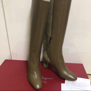 フェラガモ(Ferragamo)のフェラガモ 未使用ブーツ 7.5サイズ(ブーツ)