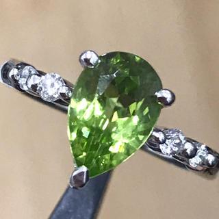 Pt900 ペリドット 1.47ct ダイヤモンド 0.12ct リング(リング(指輪))