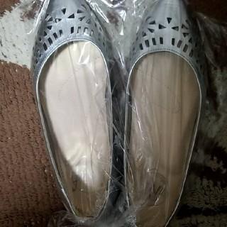 新品シルバー靴22(ハイヒール/パンプス)