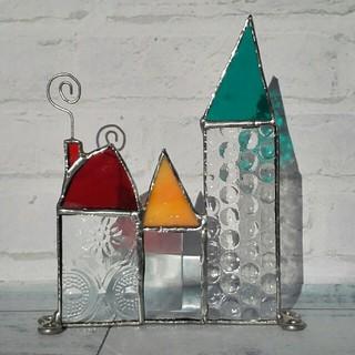 ステンドグラス*三角屋根の塔*メモスタンド*赤い煙突(置物)