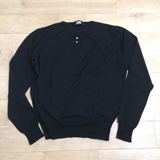イセタン(伊勢丹)の美品 イタリア製 ウールハイゲージニット ブラック(ニット/セーター)